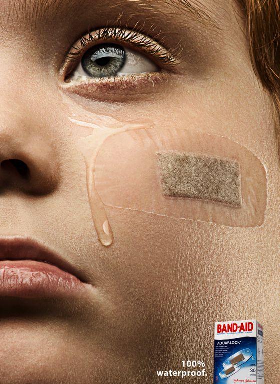 Anúncio criativo do #Band-aid totalmente à prova d'água. #Publicity