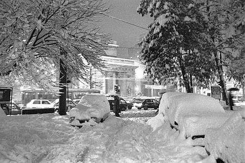 Winter Italy     NEVICATA STORICA A MILANO DEL 1985