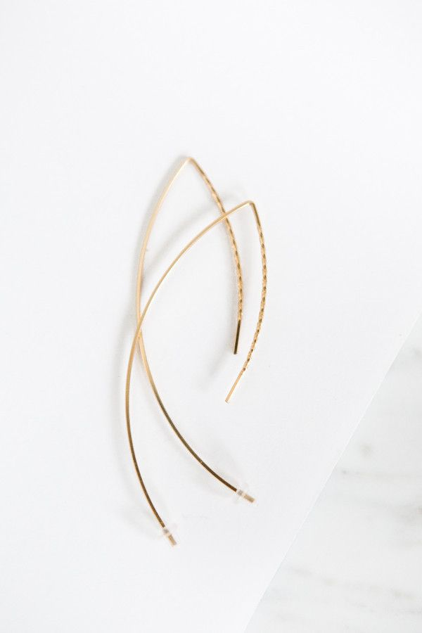 By Boe Twisted Arc Earring – Parc Boutique