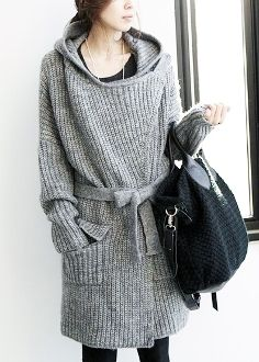 Women's Long Hooded Knitted Cardigan
