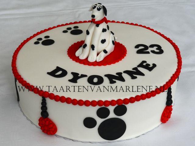 Dalmatiër taart met geboetseerde dalmatiër.