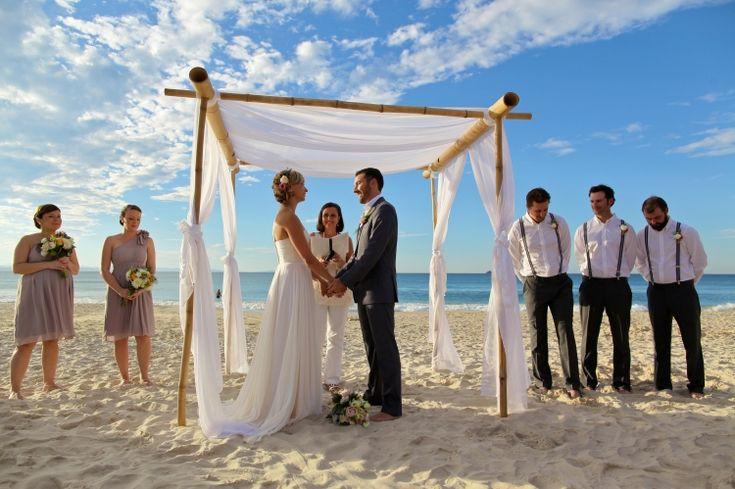 Relaxed elegance - Byron Beach Cafe Wedding