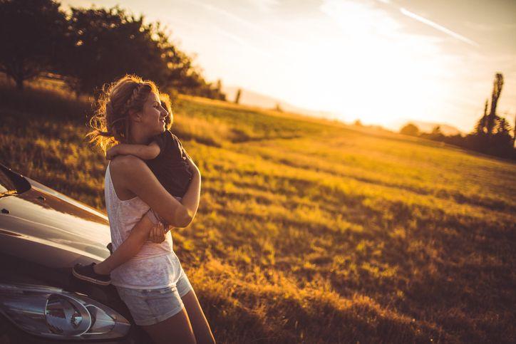 Met de auto reizen is niet voor iedereen een pretje. Lees daarom voor je op reis vertrekt eerst even onze tips tegen wagenziekte.