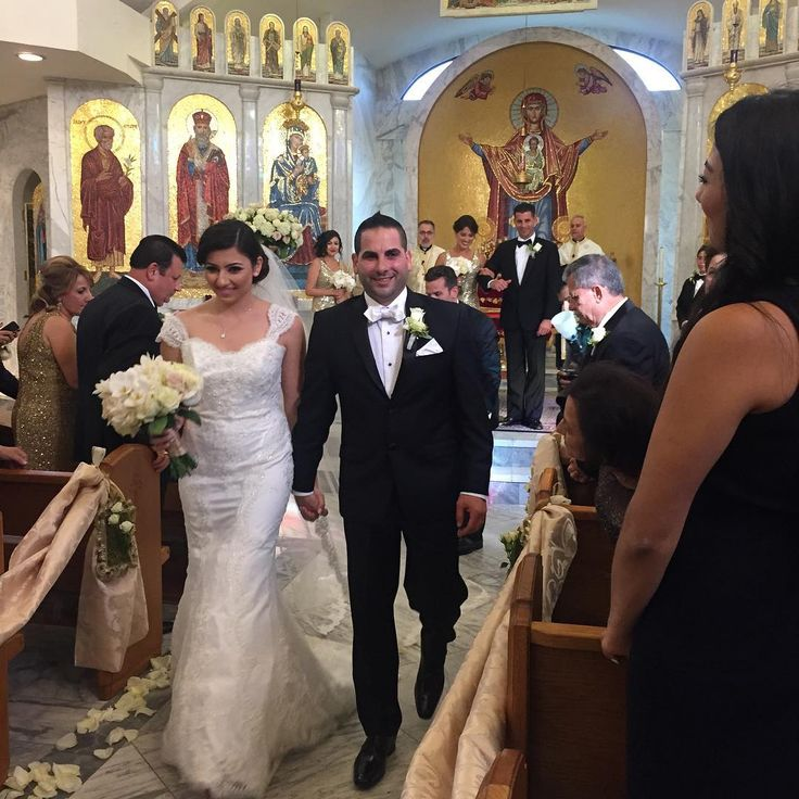 St. Nicholas Orthodox Church. Congrats to Mr. And Mrs. Azar, love you to the moon and back 🎊👰🏻 @itsahairaddiction