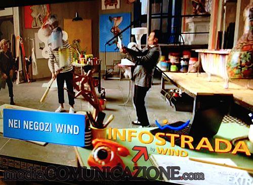 Wind e Infostrada stavolta fanno sul serio, scambiandosi i testimonial sul filo della risata http://mediacomunicazione.com/2013/01/24/wind-e-infostrada-stavolta-fanno-sul-serio-scambiandosi-i-testimonial-sul-filo-della-risata/