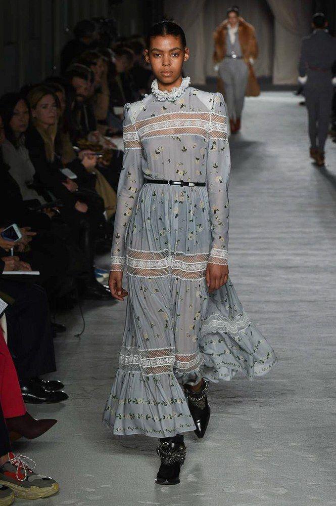 Philosophy di Lorenzo Serafini Fall 2018 Ready-to-Wear Collection - Vogue