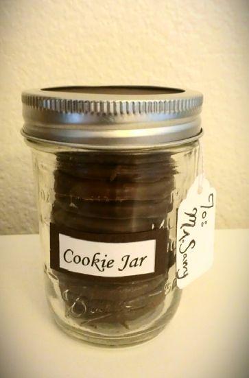 Mason Jar Cookie Jar: Mason Jars Cookies, Gifts Ideas, Homemade Gifts, Jars Ideas, Cookies Gifts, Cookie Jars, Cheap Gifts, Mason Jars Gifts, Cookies Jars