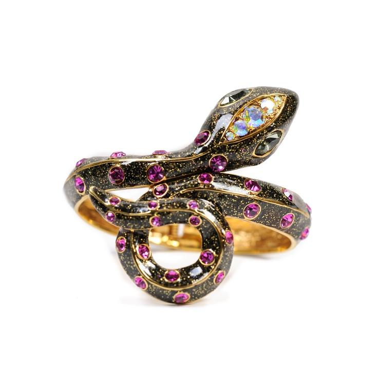 Betsey Johnson Snake Wrap BangleBlack Bags, Betsey Johnson Bangle, Jewelry Pretty Things, Betsey Johnson Jewelry Rings, Johnson Snakes, Fashion Blogs, Bangles Black, Snakes Wraps, Wraps Bangles