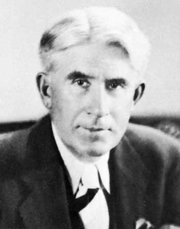 Zane Grey (1872-1939) dentist who turned into a Western author