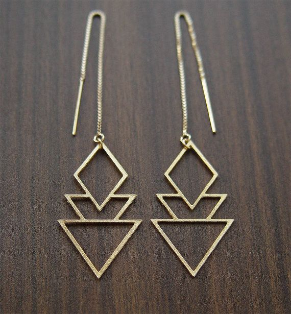 These stunning earrings are versatile a great for everyday wear.  Featuring a beautiful triangular geometric art deco pattern.  The 14k gold plated