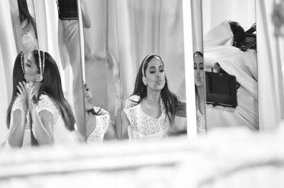 Chic e Fashion: Anitta continua poderosa
