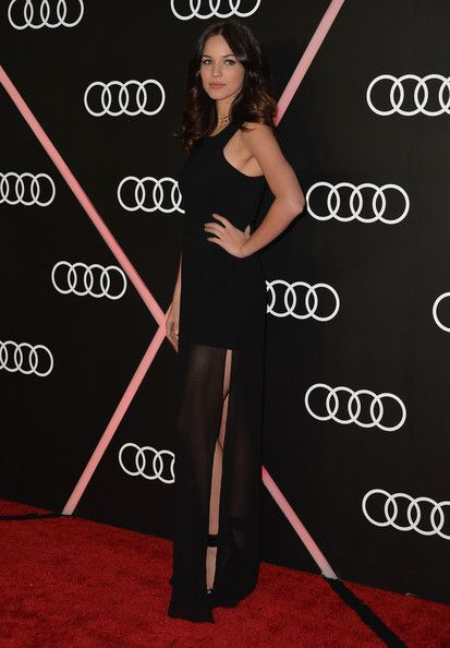 Alexis Knapp Photos Photos - Actress Alexis Knapp arrives to Audi Celebrates Golden Globes Weekend at Cecconi's Restaurant on January 9, 2014 in Los Angeles, California. - Stars Celebrate Golden Globes Weekend — Part 2
