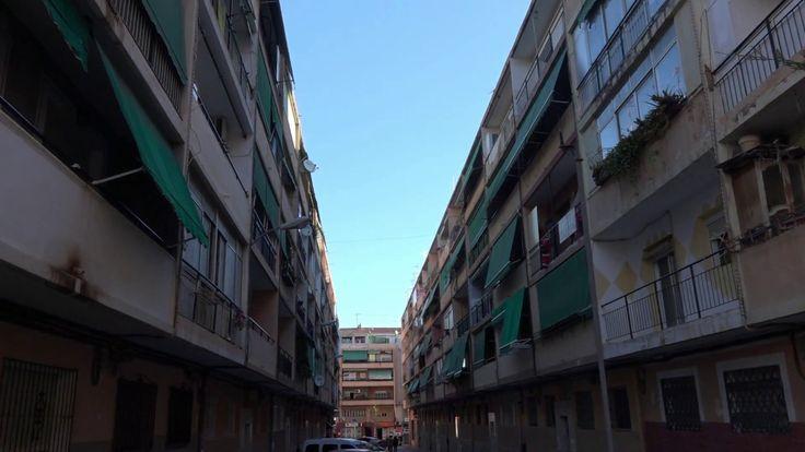Недорогая квартира в Аликанте, Испания, в кредит от банка, три спальни, ...