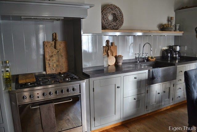 Keuken Renoveren Limburg : op Pinterest – Grijze Keukens, Grijs Keukens en Keukenkasten