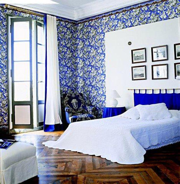 La chambre bleue du domaine de la Monestarié. #décoration #Tarn #bleupastel