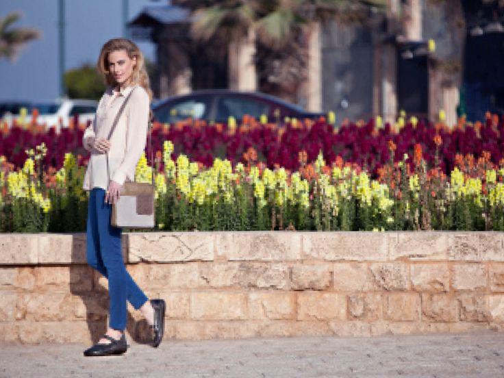 NAOT - MATAI Black (Lifestyle Image) #NAOT #footwear #shoes #maryjane #orthoticfriendly #removableinnersole #fashion #comfort #bestseller #comfyshoes #stylish #spring