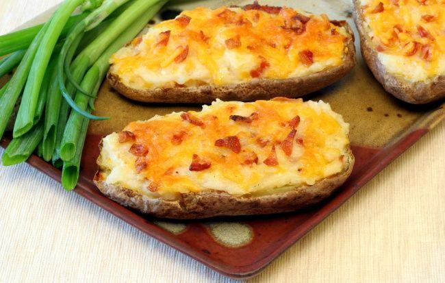 5 простых блюд, которые можно съесть вместе с тарелкой   Источник: http://www.adme.ru/zhizn-kuhnya/5-prostyh-blyud-kotorye-mozhno-sest-vmeste-s-tarelkoj-1236415/ © AdMe.ru