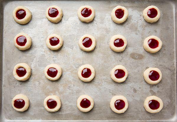Ahududulu Bademli Kurabiye Tarifi , Bir kaç hafta önce sizlere değişik kurabiye şekilleri nasıl yapılır resimli olarak paylaşmıştık. İçlerinde bulunan bir kurabiye tarifler... ,  #bademlikurabiye #değişikkurabiyetarifleri #kolaykurabiye #kurabiyetarifleri #kurabiyetarifleriresimli