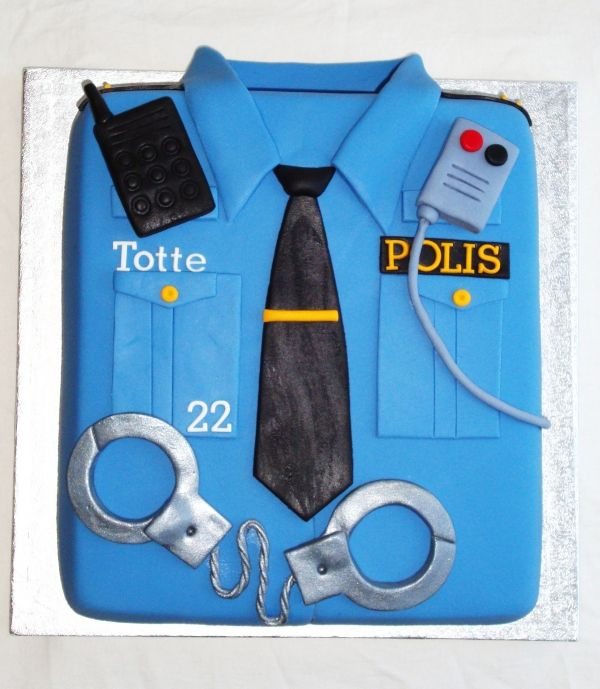 Police shirt Birthday cake... I wish I could make this.