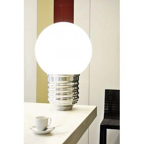 BASIC en gulvlampe eller en bordlampe, socket i polert aluminium, polyetylen kloden - deco og design