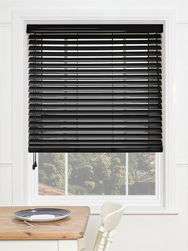 Available in 50mm slats, this painted wooden blind features a high gloss finish, giving it a great shimmer and shine at your window. #wooden #venetian #blinds