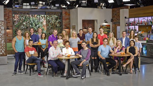 The cast of neighbours 2k15