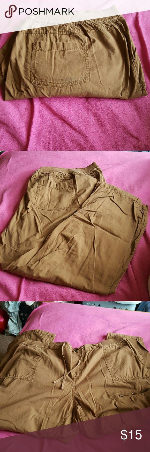 Like new plus size 26w khaki pants. Faded glory Like new plus size 26w khaki pants. Faded glory Faded Glory Pants Boot Cut & Flare
