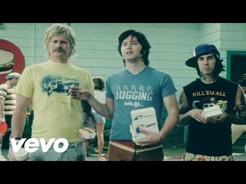 Music video by blink-182 performing All The Small Things. (C) 2000 Geffen Records