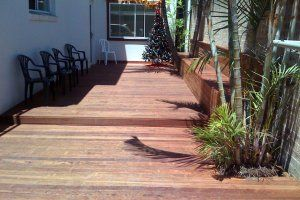 Manly Beach House - Courtyard - Manly Sydney Accommodation