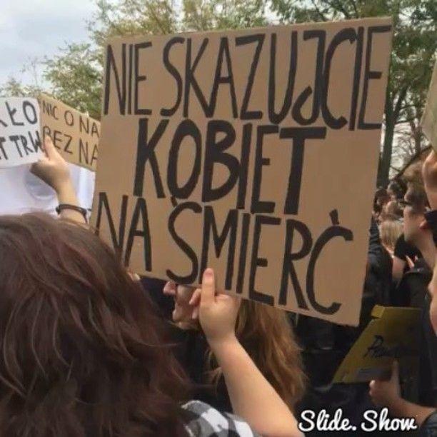Ogólnopolski #Strajk Kobiet zaczyna się dzisiaj pod Sejmem. #CzarnyProtest #aborcja #prawo #kobiety #życie #zycie #polityka #niconasbeznas #TOKFM