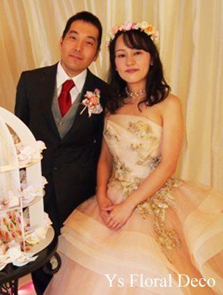 2014年11月に広島ウェディング&レストランTOWANIさんでご披露宴の新婦さんより、当日のお写真をいただきましたので、ご紹介します。素敵なおふたりです...