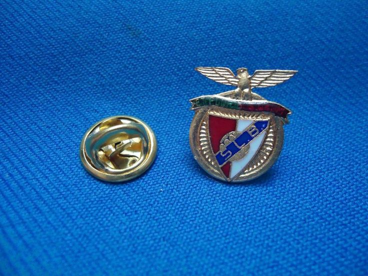 BENFICA SLB PORTUGAL SOCCER PIN 18mm #Benfica