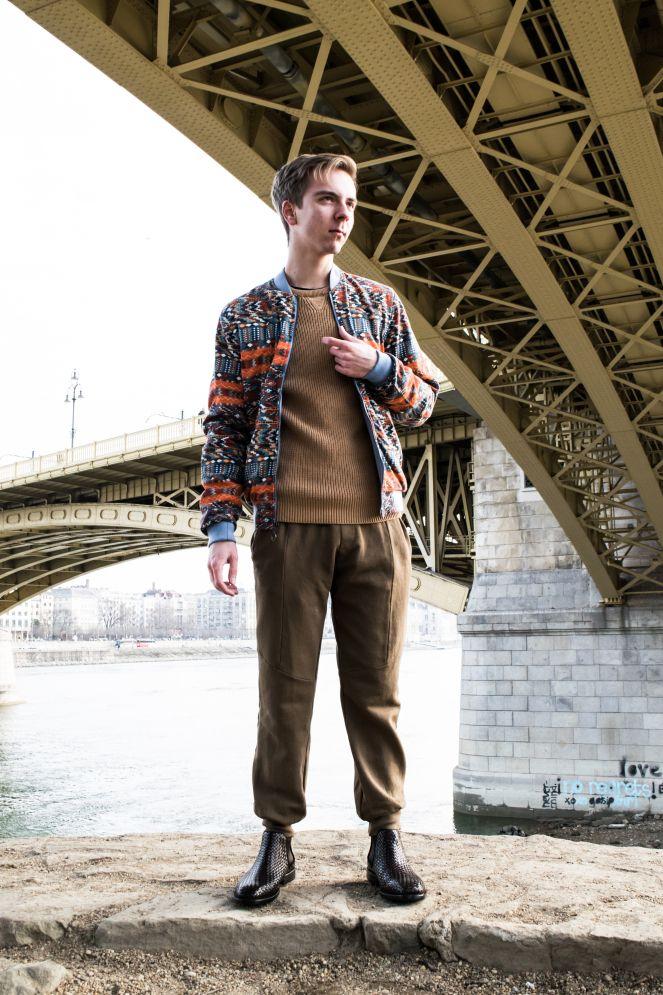 https://balazszsalekblog.wordpress.com/2017/02/20/the-perfect-i-dont-care-outfit/