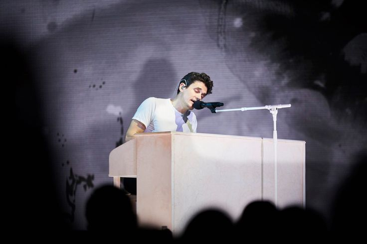 John Mayer on his Stanford Custom Console piano