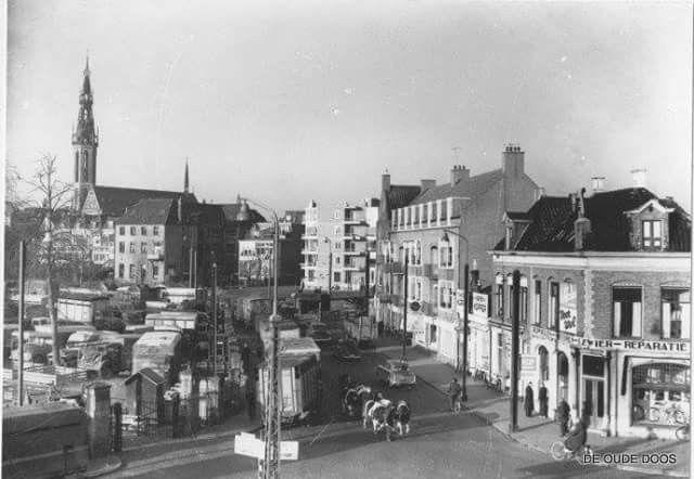 Veemarkt en Veemarktstraat Groningen rond 1955