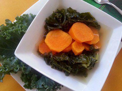 Sopa de Col Rizada con Batatas - Que Rica Vida  Kale and Sweet Potato Soup