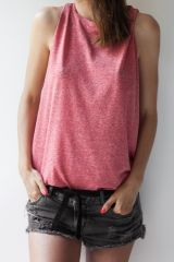 Sleeveles top | yum like a strawberry <3 get all of your summer basics @ theodderside.com