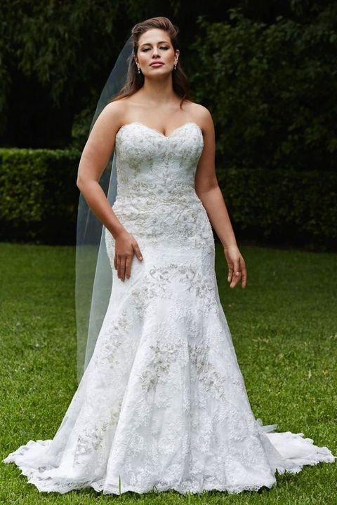 41 Adorable Plus-Size Wedding Gowns That Excite | HappyWedd.com