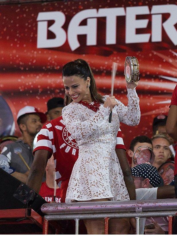Viviane Araújo na quadra da Salgueiro (Foto: Alex Nunes/Divulgação)