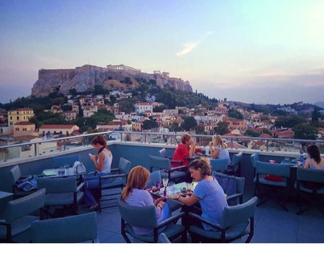 No matter the season this view doesn't change! #athens #travel #acropolis