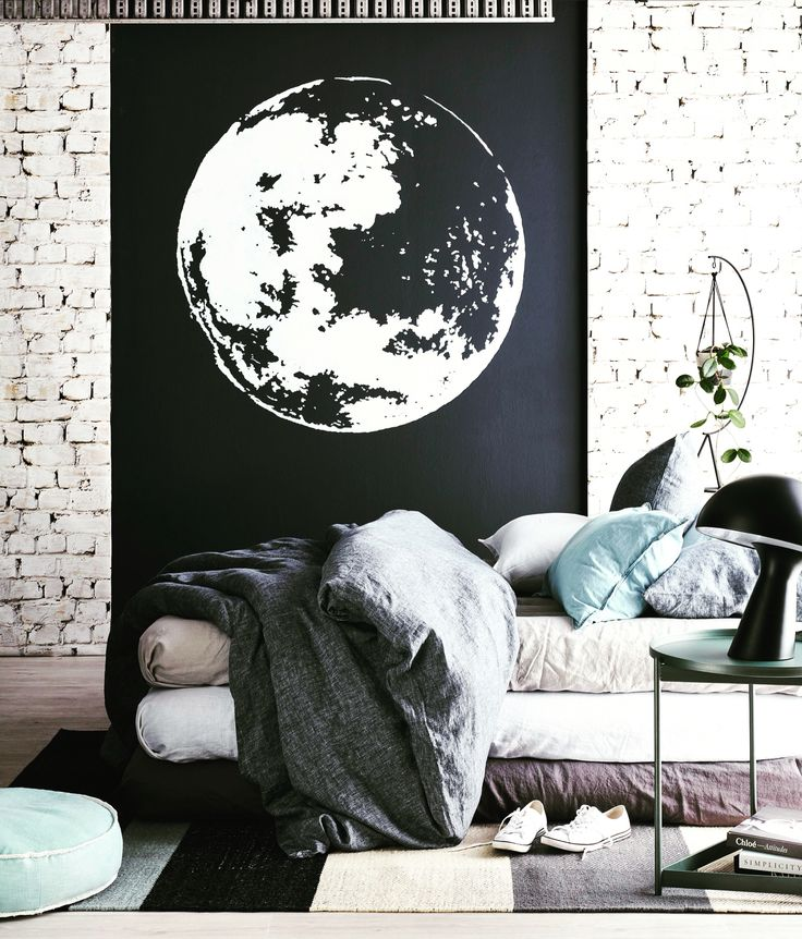 Lux layered linen from @cultiver_goods and the universe beyond in this months @reallivingmag. Enticing us in the most seductive of ways, stylist @corina_koch_stylist painted a planet mural using Porter's Paints colours Obsidian and Lamb's Wool. Photography by @brettstevensphoto and assistance from @kate_leabeater_stylist, @henriettegabreal and @courtneytodd_