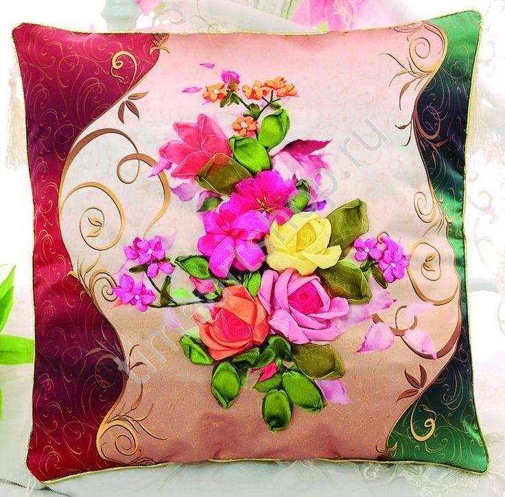 Нежные розы, вышивка лентами, чехол для подушки 45х45см.