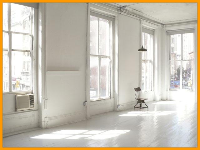 Light + white = gorgeous photos. I want this for my studio!!!