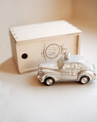 Tis The Season Give Ornamental Versions Of Your Getaway Car As Favors
