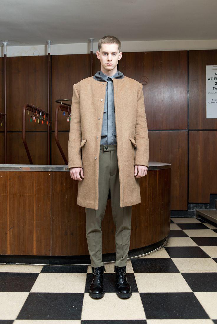 MEI KAWA | Camel Bomber Collar Wool Overcoat