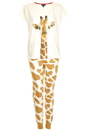 Carry our Safari trend all the way through to bed time with this Giraffe Print PJ Set. #giraffe #safari #pyjamas