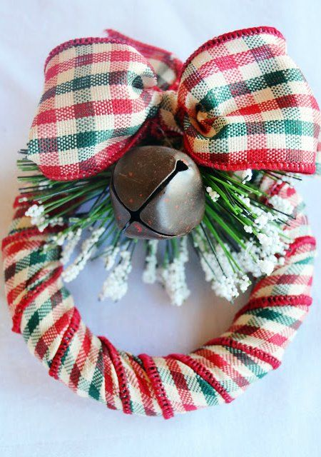 DIY Mini Wreath Christmas Ornament