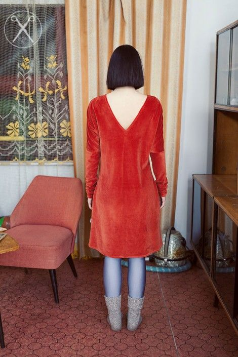 Burnt orange velour bell shaped dress | A/W 15/16 | Second ME | www.secondme.eu