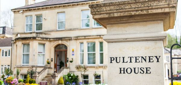 Luxury Bed and Breakfast Guest House near Bath City Centre