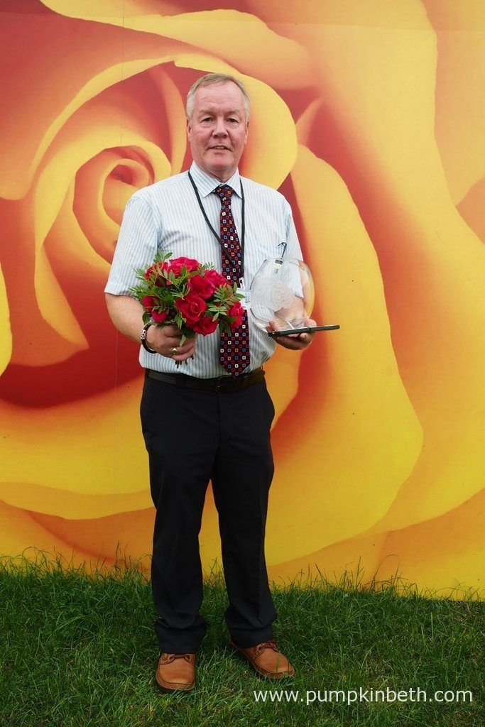 Rose Breeder Colin Dickson bred the winner of the Rose of the Year Competition - Rose 'Lovestruck'! Rosa 'Lovestruck' was unveiled as the Winner of the Rose of the Year Competition 2018 at the RHS Hampton Court Palace Flower Show 2017.